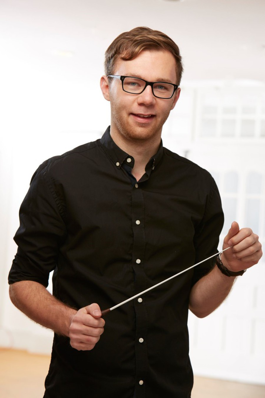 Dennis Droll ist Dirigent des Jugendorchesters des Musikverein Ebnet e.V.